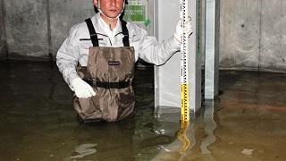 地下駐車場ピットが漏水により水没